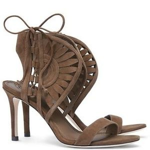 Tory Burch Gorgeous Suede Heels!